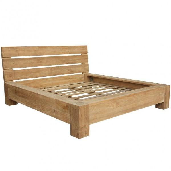 Bett Sundom aus Teakholz